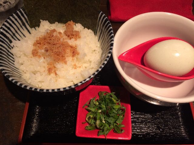 こだわり卵の卵かけご飯(アローカナ)