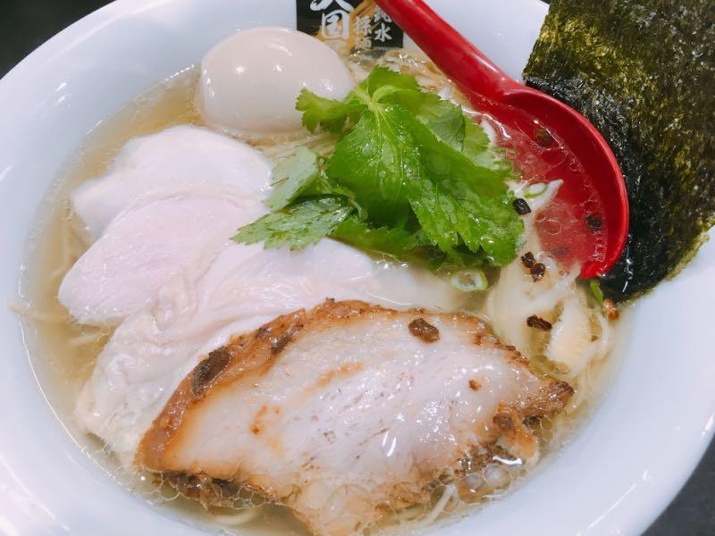 特鶏白醤油麺