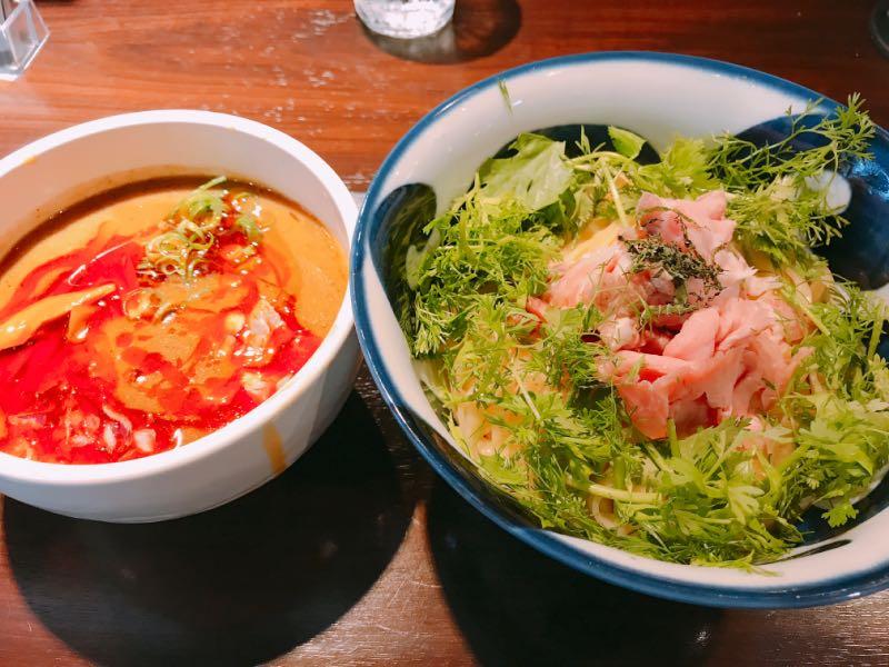 辣濃辛煮干パクチーつけ麺