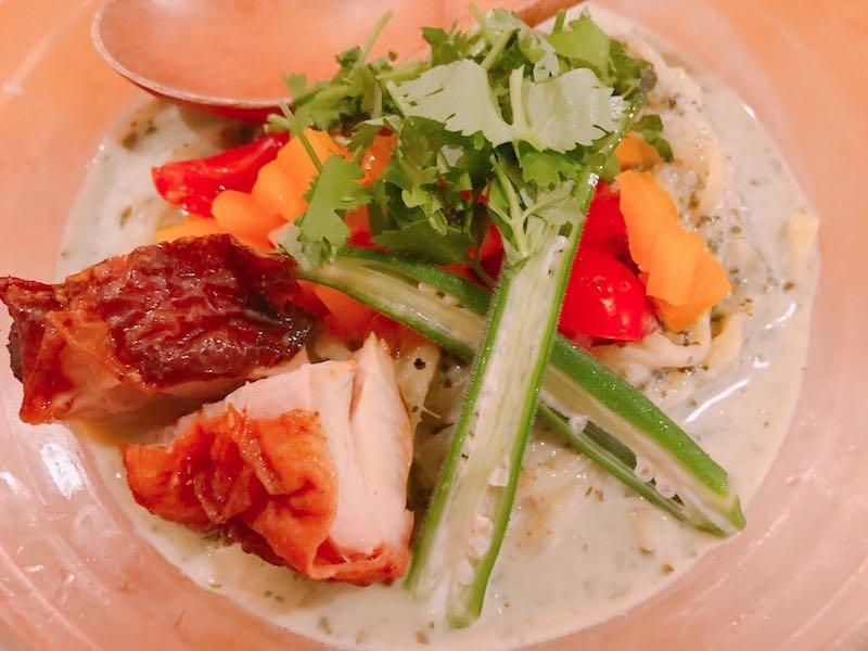 冷やしグリーンカレー麺