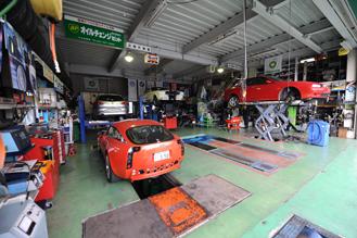 小山自動車 修理工場