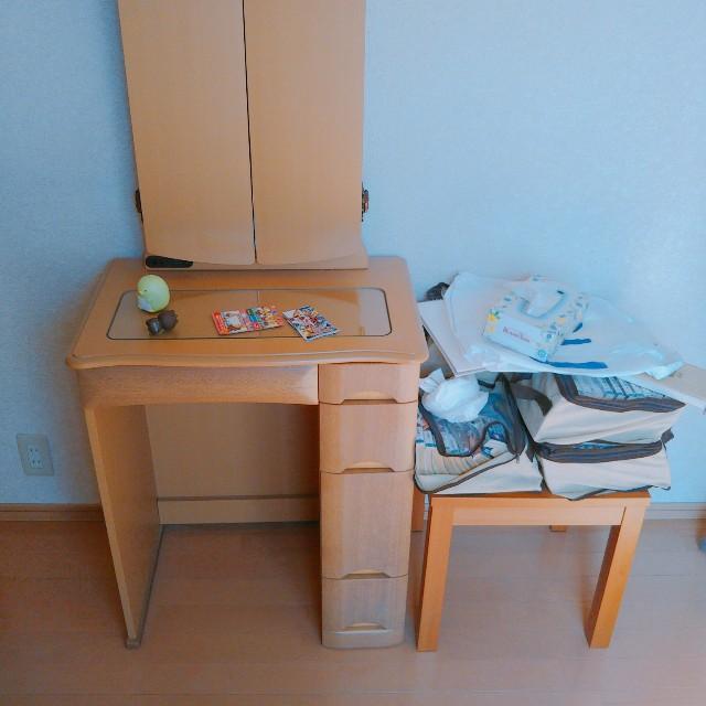 寝室の片付けビフォー写真