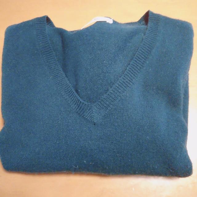 服をもっと捨てたいなら、同じ色を減らす