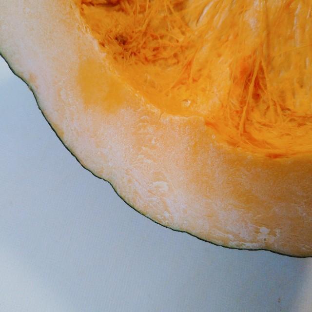 かぼちゃの切り口が白いのはカビじゃない