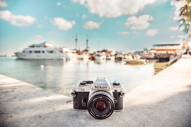 カメラと海