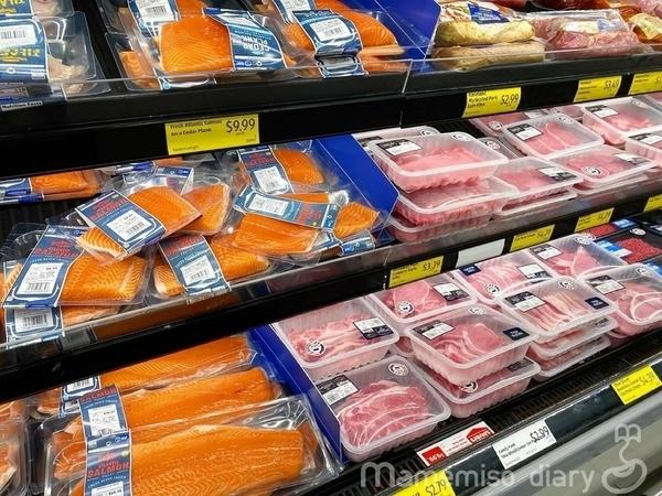肉と魚の棚