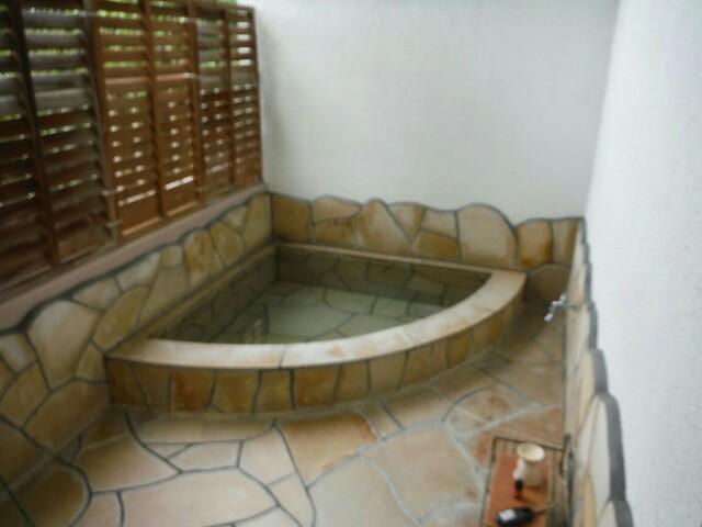 花の森クラリス スタンダードルーム付きの露天風呂