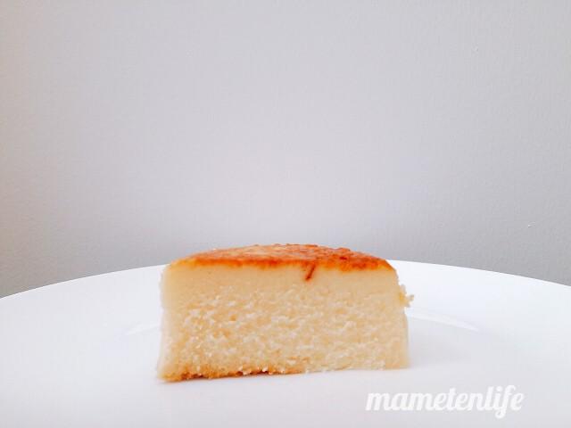ローソンバスチー‐バスク風チーズケーキ‐の断面