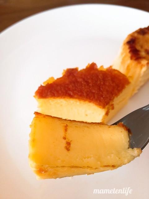 セブンイレブンのバスクチーズケーキの底