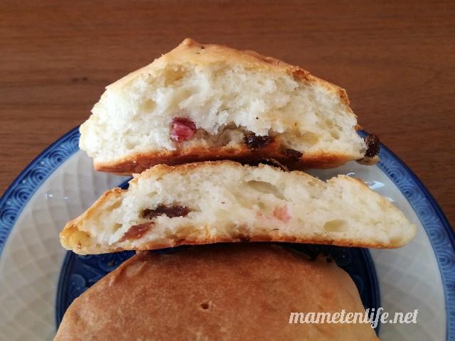 発酵なしヨーグルトパンのアレンジしたレシピのパンの断面