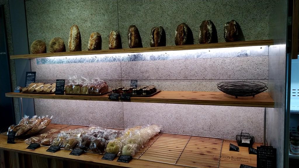 八海醸造魚沼の里のパンが飾ってあるところ