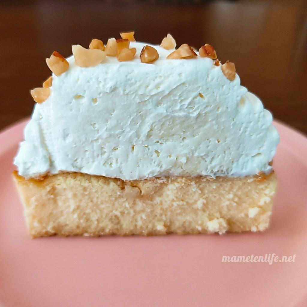 ローソンのバスチー3‐バスク風チーズケーキ‐の断面