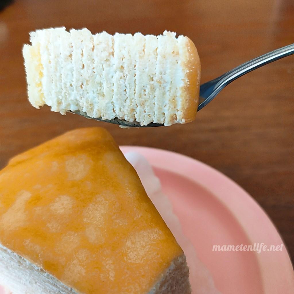 山崎製パンのミルクレープの断面