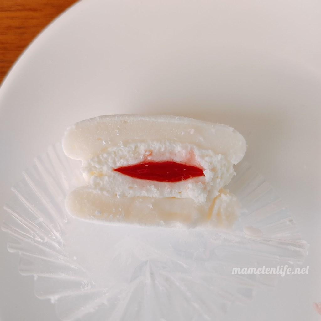 ファミリーマートふわまろレアチーズの断面