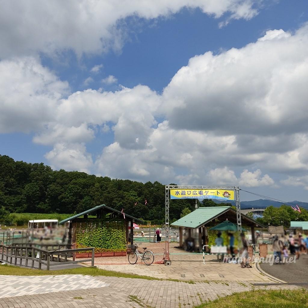 長岡丘陵公園の水遊び広場入口