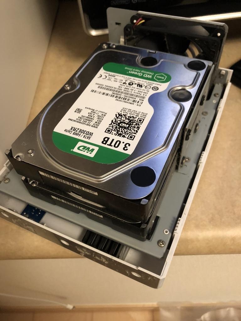ds218jにディスクをセッティング完了