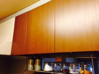 キッチンの備え付けの棚画像
