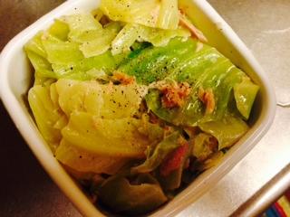 キャベツとツナのサラダ画像