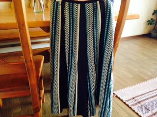 プリント柄のスカート画像