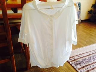 kelenの白シャツ画像