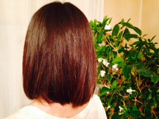 haruシャンプーを使用して半年経った女性の髪画像