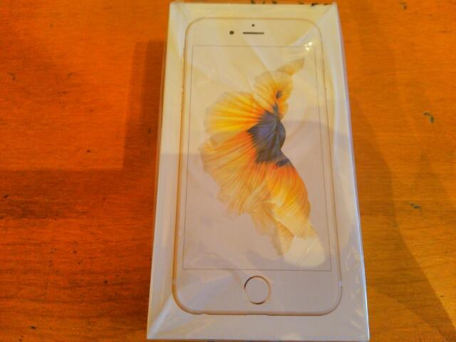 au iphone6s 箱入り画像