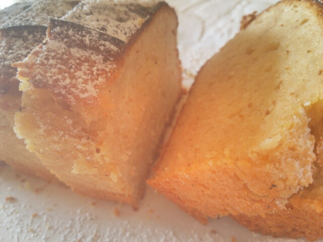 オーブントースターで焼いた簡単パウンドケーキ(いちじくジャム入り)画像