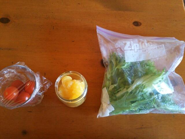 夏ミカンのハチミツ漬けとキレイに洗った野菜画像