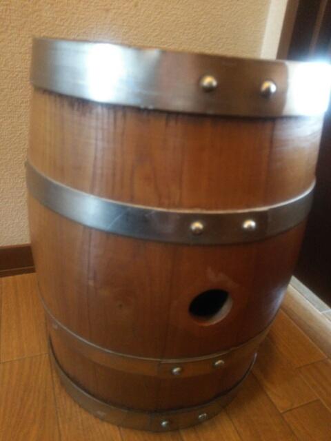 ワインのの樽画像