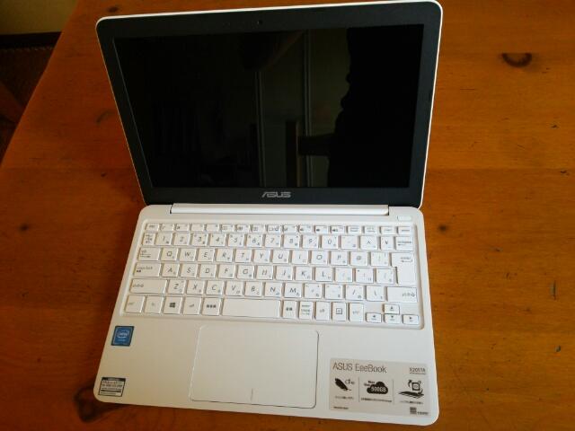 ASUS ノートパソコン EeeBookX205TA画像