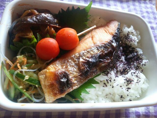 焼き鮭弁当画像