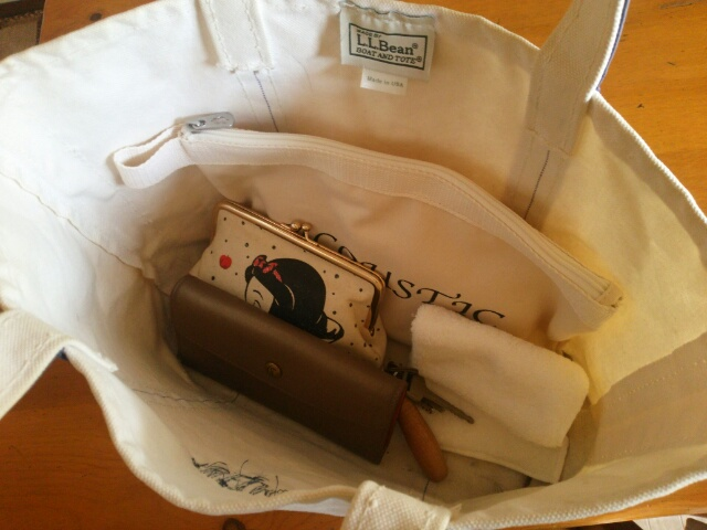 LLビーンのバッグバッグの中身画像