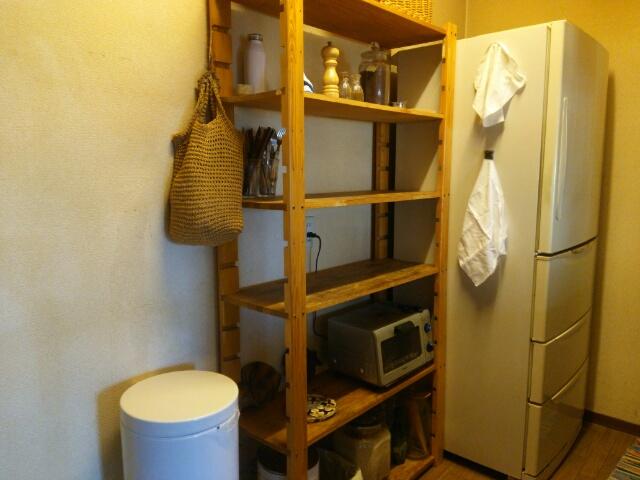 大掃除から半年後の冷蔵庫やキッチン作業台