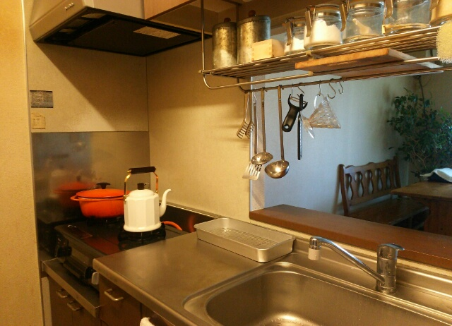 大掃除から半年後のキッチン