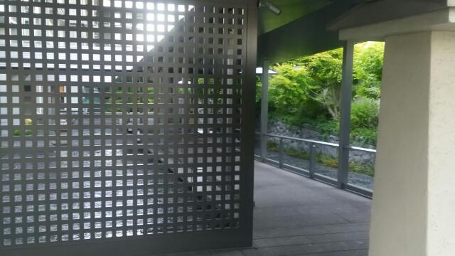 リッツカールトン京都 入り口 のスロープ