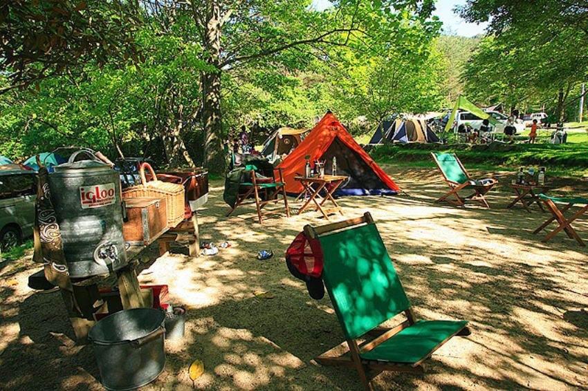 女子ソロキャンプ キャンプ場 おすすめ 持ち物リスト