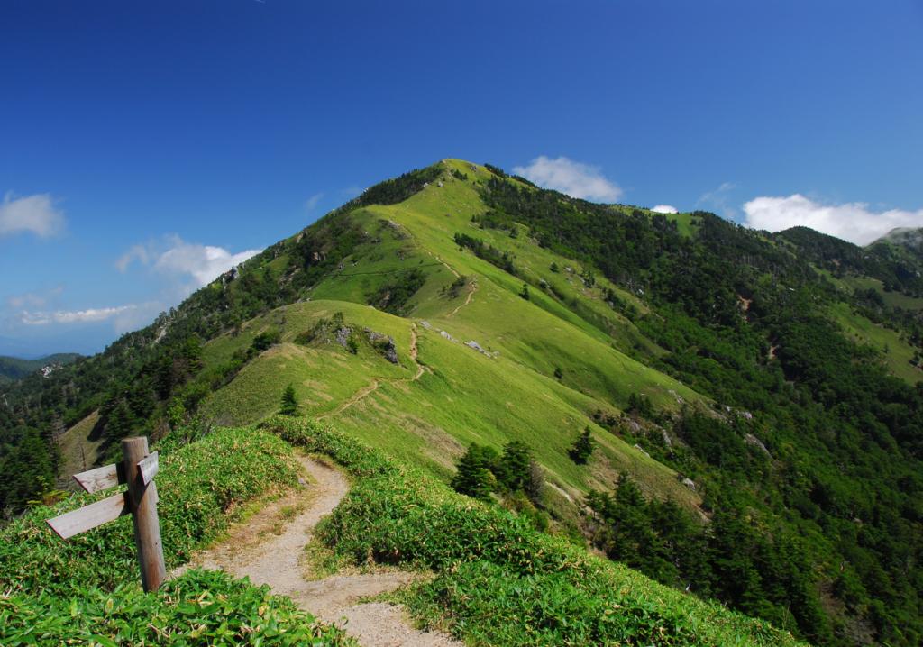 秘宝が眠るロマンの山・剣山