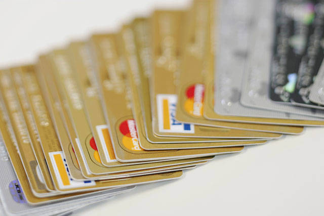 お得なクレジットカードの利用方法!~カードを取捨選択してかしこく「節約」しましょう