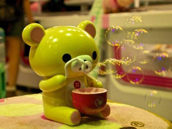 Kabukichō Soap Bubbles | mhiguera