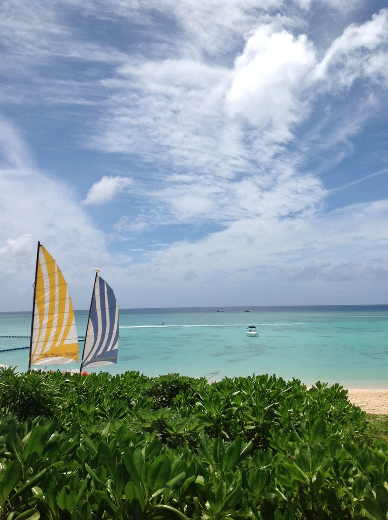 沖縄の海とセイリング