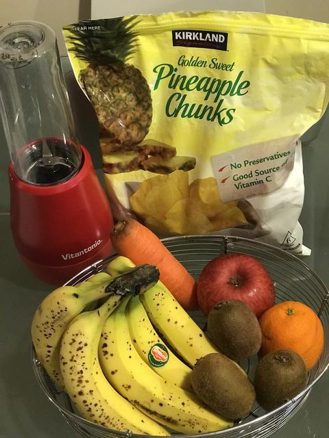 バナナ リンゴ オレンジ 冷凍パイナップル