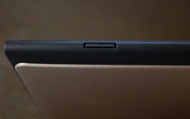 MeMO PAD 7 ME572CL microSDカードスロット