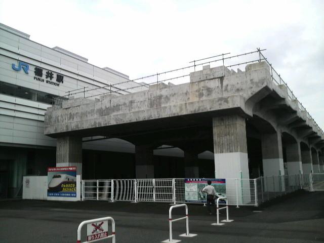 福井駅前_もう作っちゃったらしい北陸新幹線高架
