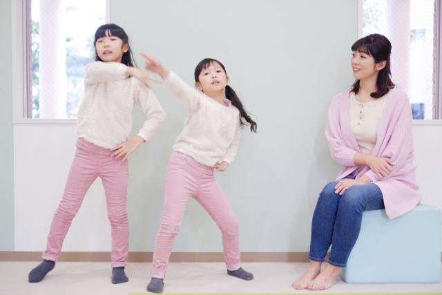 外出自粛中に、子供と一緒に楽しめる家遊び!【小学生低学年編】
