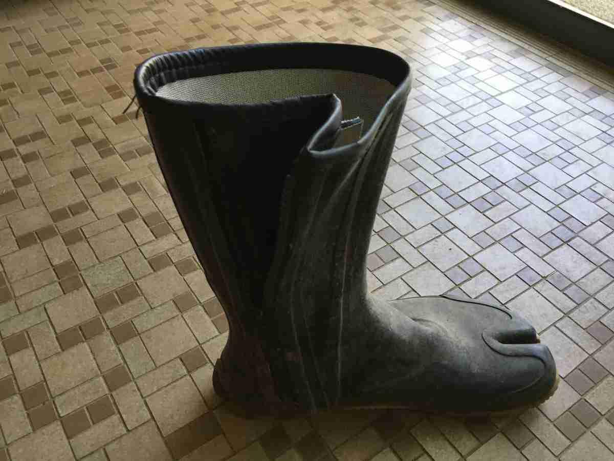 炎天下の真夏の畑仕事で用意したい長靴