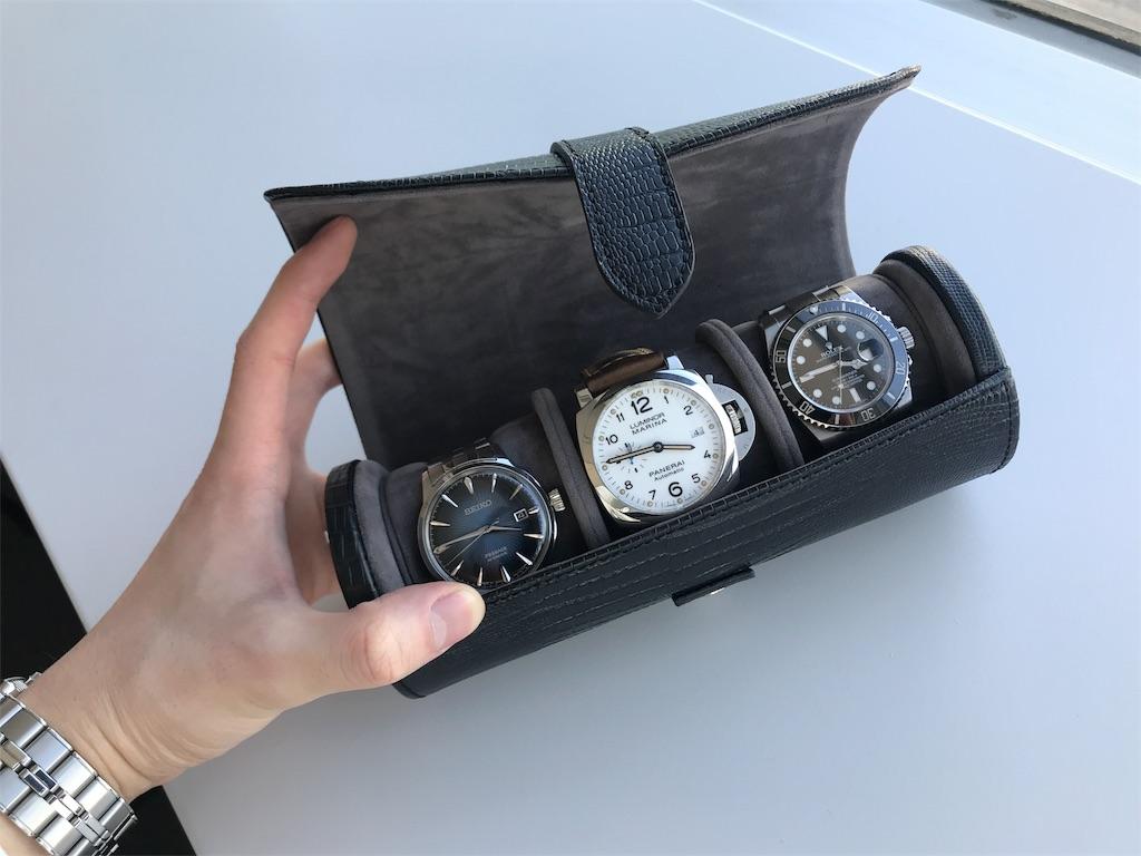 WOLF Blakeウォッチロール本体に3本時計を収納