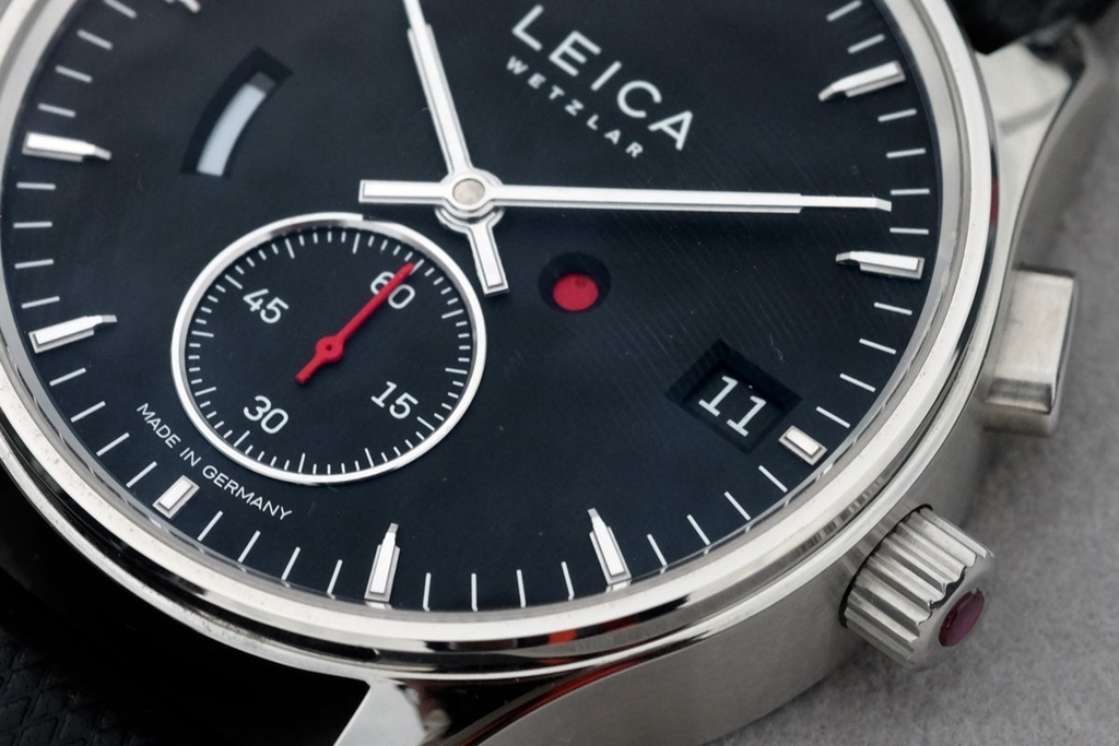 leica-watch-timeadjust-on