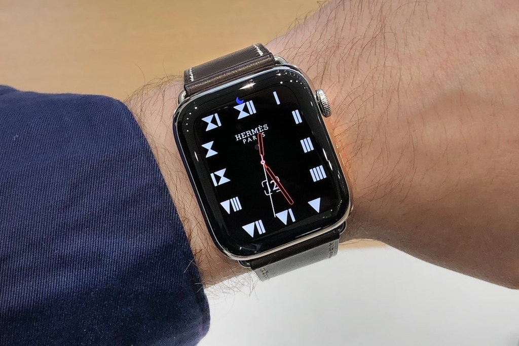 Apple Watch Series 4のApple Watch Hermès