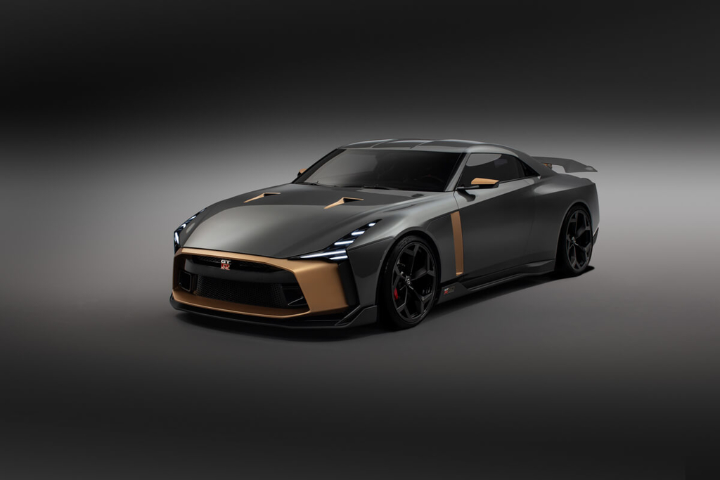 Nissan GT-R50 by Italdesignのフロント