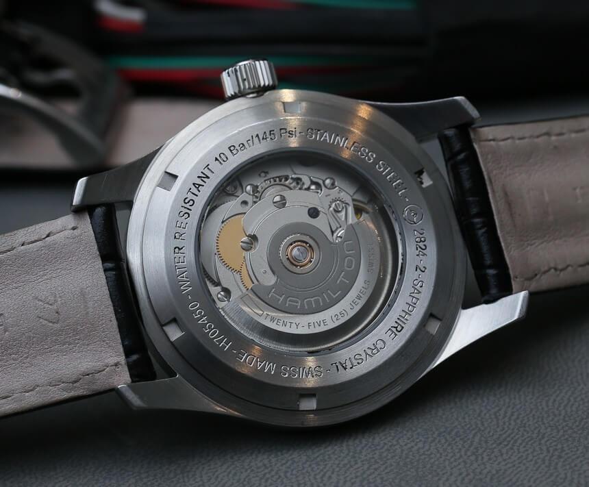 映画インターステラーのマーフの時計のケースバック